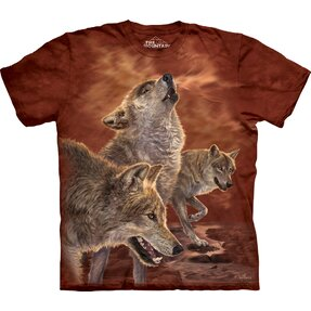 T-shirt Sneaking of Wolves